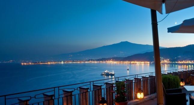 capotaormina_hotel_business_terrazza_bar_svevo