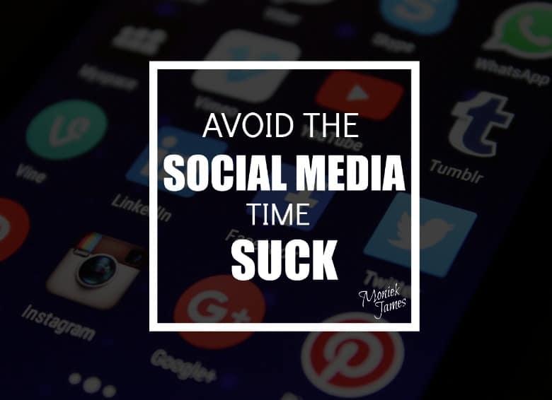 avoid-social-media-time-suck-moniek-james