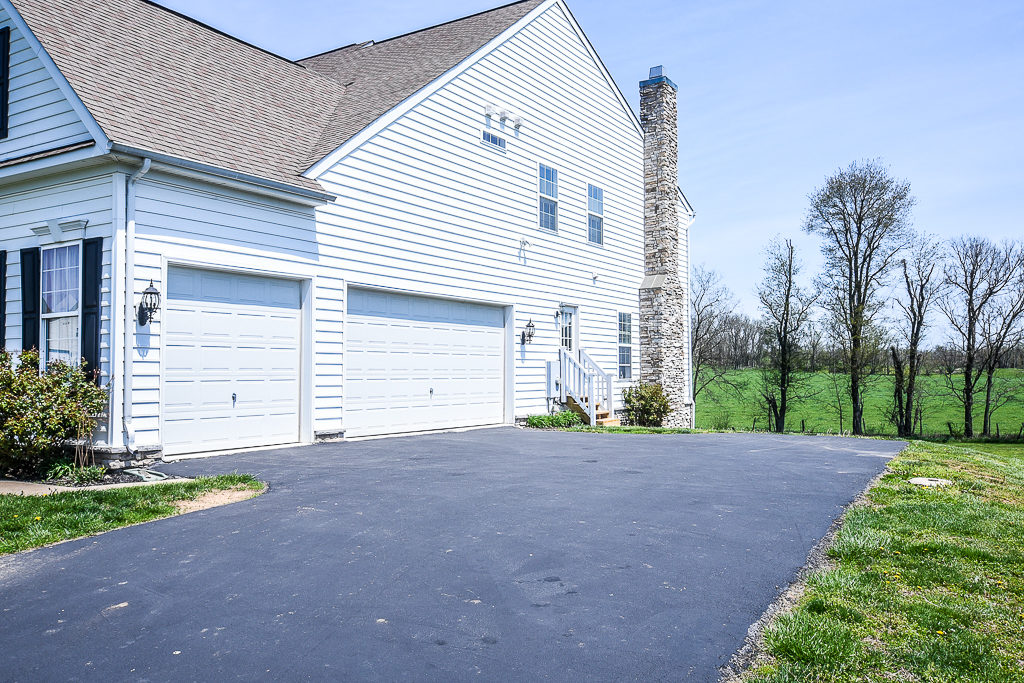 JUST LISTED 417 Ploughman Way Hedgesville WV 25427