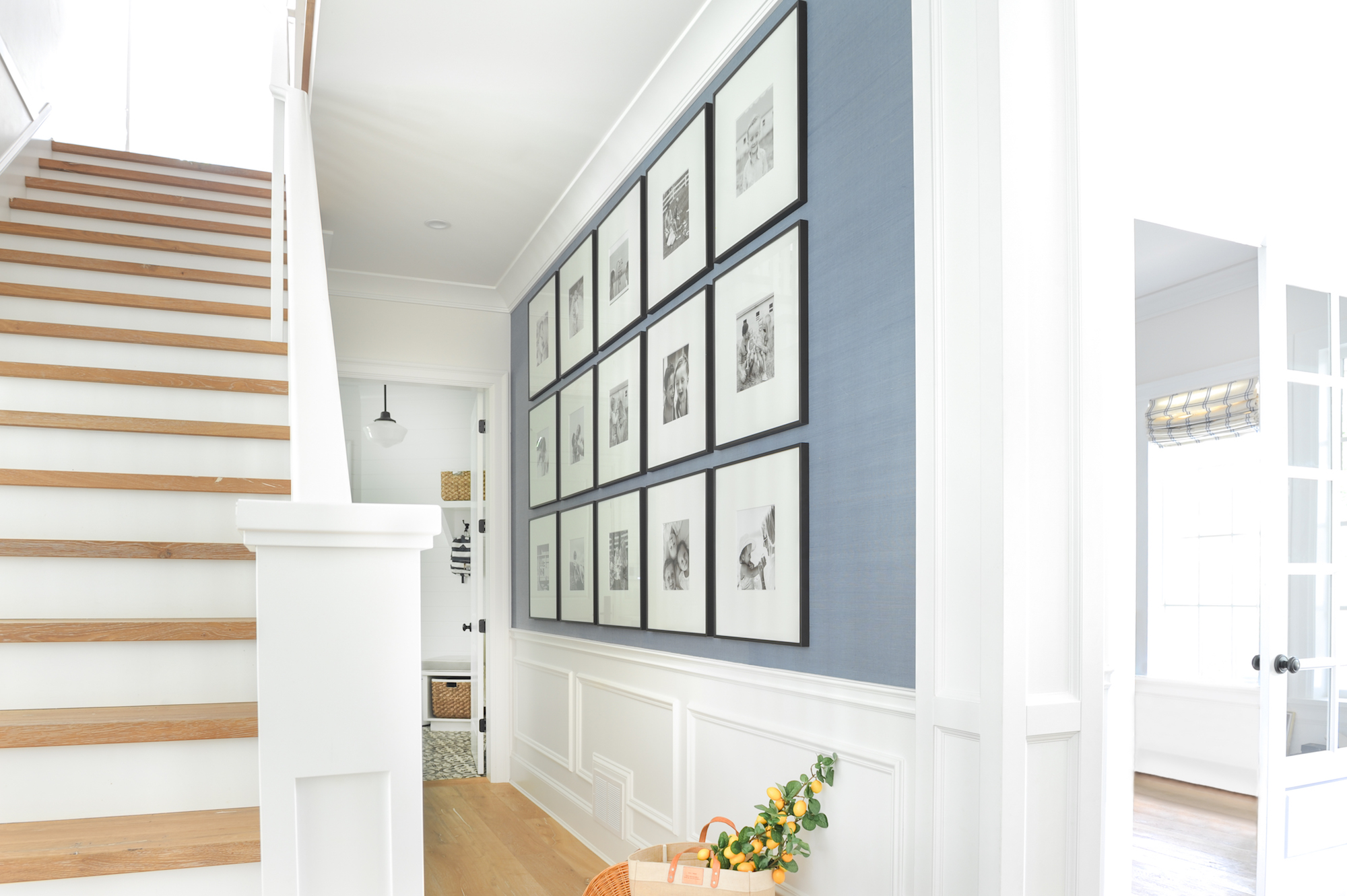 Home Gallery Wall How to choose the perfect style of