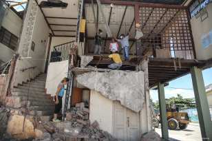 20160420_Aftermath-of-earthquake-in-Ecuador-6
