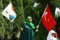 20160717-Turks-Protest-Against-Gulen-003