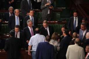 20160731_Habib-Essid-delivers-speech-in-Tunisian-parliament-3