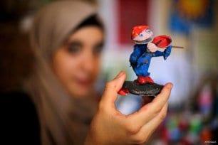 Franja de Gaza: Hanan El-Ayoubi, 17, Conchas Fuera.