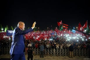 Turkey-stand-against-failed-coup-attempt-03