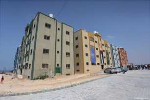 Victims-of-2014-war-on-Gaza-receive-56-housing-units-02