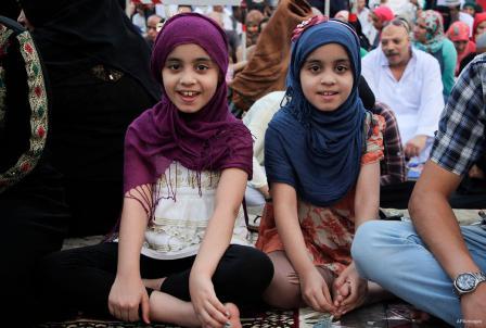 EL CAIRO, EGIPTO: Viendo doble...