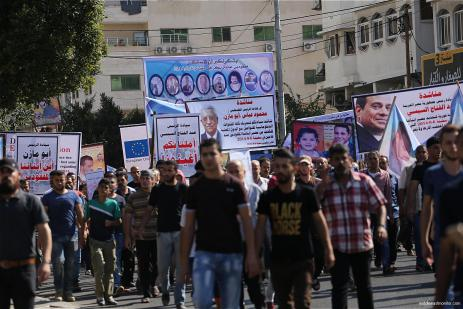 Families-of-Palestinians-missing-at-sea-protest-demand-answers-11