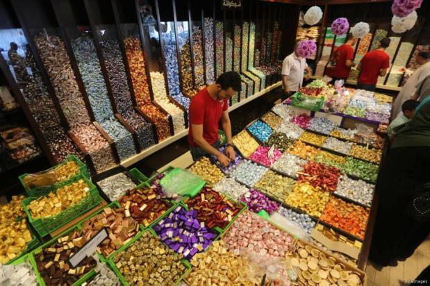Gaza, Gaza - Caramelos, bombones y dulces para la fiesta de final de Ramadán