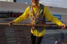 Denizli, Turquía - Ozdemir Turan, de 67 años, acróbata turco