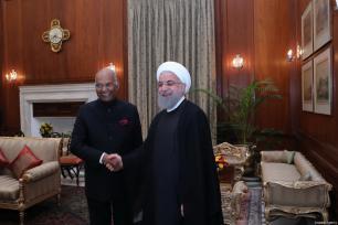 El presidente indio Ram Nath Kovind reunido con el presidente iraní Hassan Rouhani en el Palacio Presidencial en Nueva Delhi, India, 17 de febrero de 2018 [Presidencia iraní / Folleto / Agencia Anadolu]