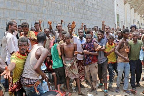 """OIM: """"La salud de los migrantes detenidos por la coalición…"""