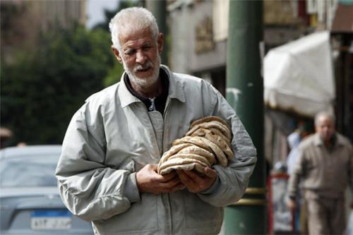 Banco Mundial: el 60% de los egipcios son pobres y…