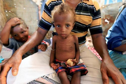 Yemen: la ONU amenaza con suspender la ayuda alimentaria por…