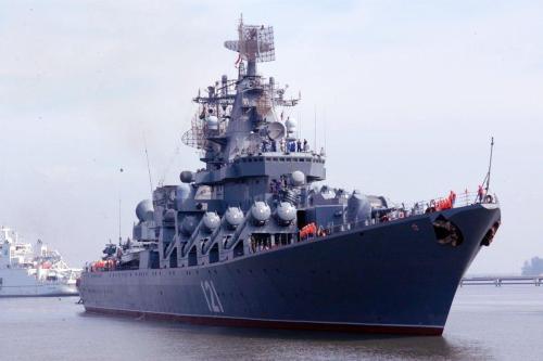 La Marina de los Estados Unidos dice que fragmentos de…