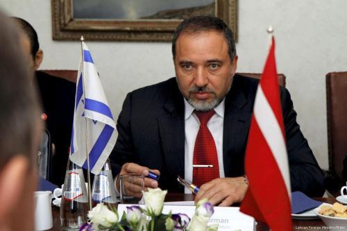 """Lieberman: """"La religión no puede separarse del estado en Israel"""""""