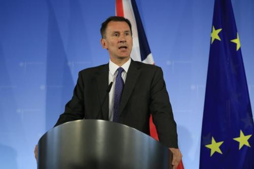 El ministro de Relaciones Exteriores del Reino Unido dice que…