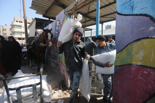 Suiza y Holanda congelan los fondos de la UNRWA tras…