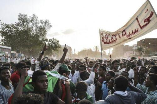Sudán: las protestas se renuevan a medida que surgen diferencias…