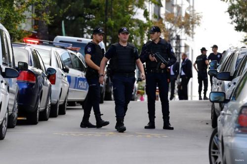 Las fuerzas turcas neutralizan a cuatro terroristas en el sureste…