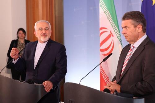 Las exportaciones alemanas a Irán se reducen a la mitad…
