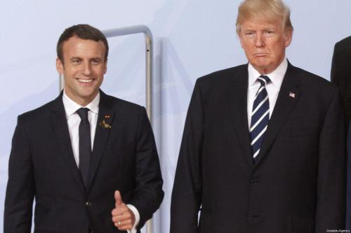 """Trump acusa al presidente francés Macron de enviar """"señales contradictorias""""…"""