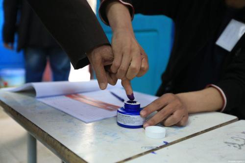 69 candidatos para las elecciones presidenciales de Túnez