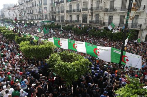 Las protestas de Argelia continúan por 26º viernes consecutivo en…
