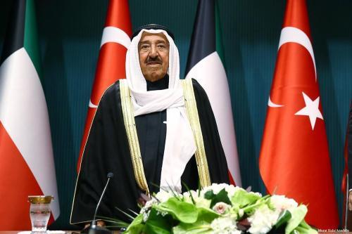 El gobernante de Kuwait se somete a exámenes médicos en…