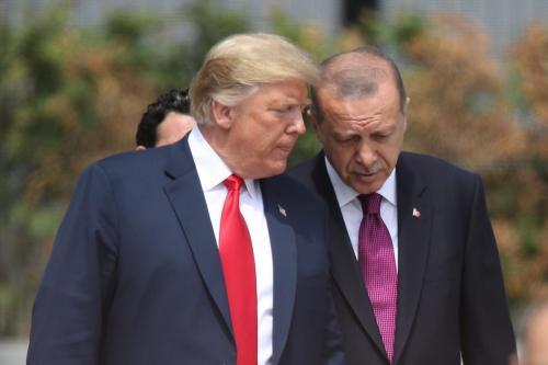 Trump amenaza a Turquía con destruir su economía si toma…