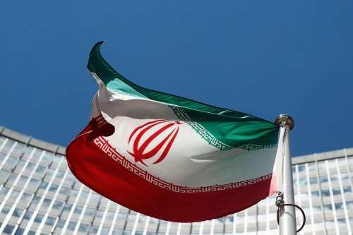Irán libera a dos ciudadanos australianos
