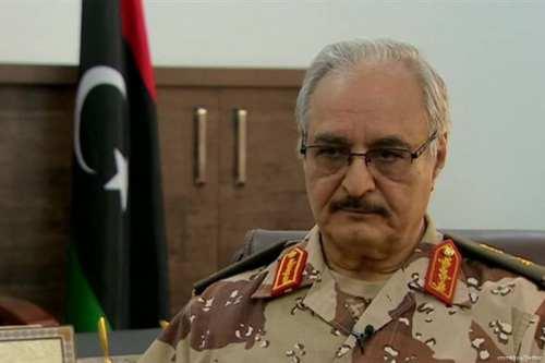Las milicias de Sudán se desplazan a Libia para apoyar…