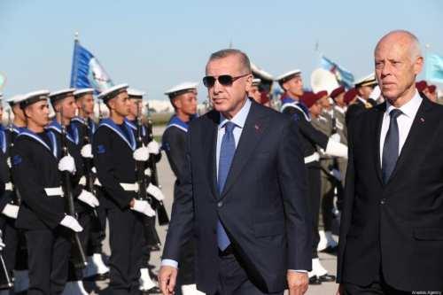 Erdogan en Túnez para conversaciones sorpresa con el presidente