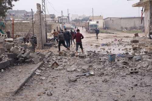 El régimen sirio captura 10 ciudades de Idlib en 48…