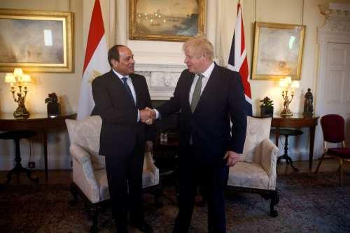 El primer ministro del Reino Unido, Boris Johnson (R), se reúne con el presidente egipcio Abdel Fattah Al-Sisi en 10 Downing Street el 21 de enero de 2020 en Londres, Inglaterra [Henry Nicholls-WPA Pool / Getty Images]