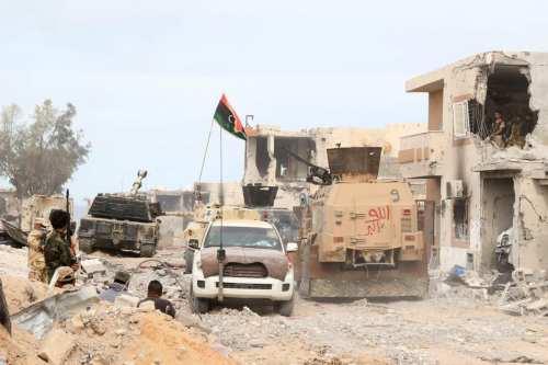 El GNA de Libia refuta las afirmaciones de que contratase…