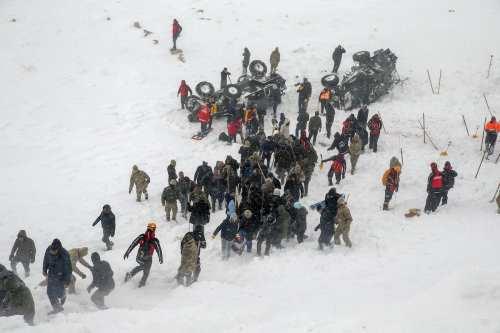 Segunda avalancha en Turquía mata a decenas durante un rescate
