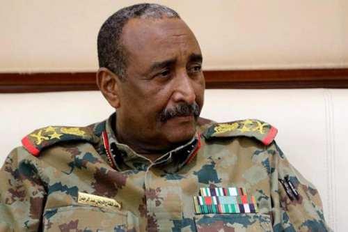 Sudán: Miles de manifestantes exigen la reestructuración militar