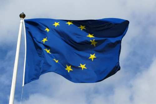 La UE agrega a ocho sirios y entidades del régimen…