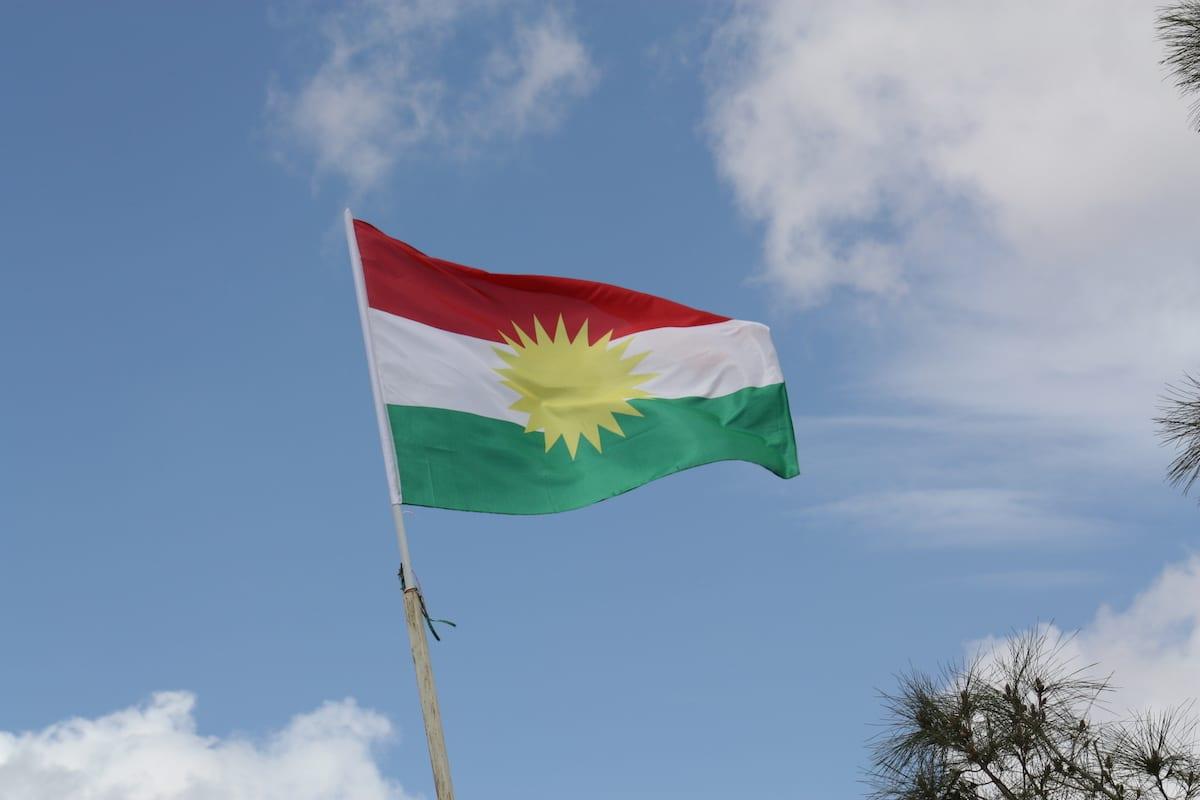 Bandera kurda [foto de archivo]