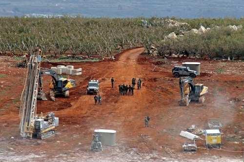 El ejército israelí realiza perforaciones y maniobras militares en las…