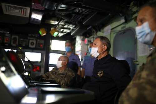 Turquía anuncia maniobras navales frente a la costa de Libia