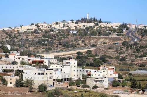Israel construirá 164 unidades de asentamientos ilegales en la Cisjordania…