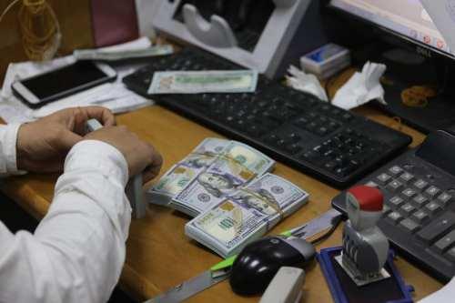 Hamas y Qatar discuten la renovación de las subvenciones para…