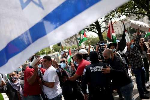 """Protestas anti-Netanyahu en EE.UU. mientras el primer ministro firma """"acuerdos…"""
