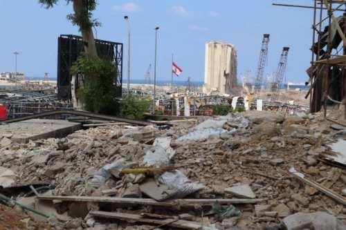 Los libaneses ya no piden un cambio. En su lugar,…