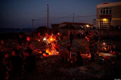 Grecia construirá un campo de refugiados permanente que reemplazará al…