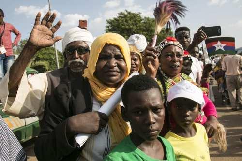 Sudán celebra el acuerdo de paz entre gobierno y rebeldes