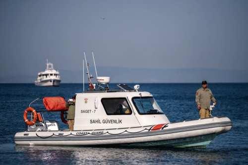 La colisión de un petrolero griego y un barco turco…