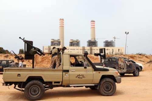 "Oficial de Libia: ""Sirte está completamente libre de tropas"""